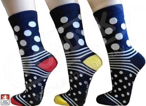 c8e5be8a831 Ponožky dámské PONDY.CZ designové PUNTÍKY 37-41